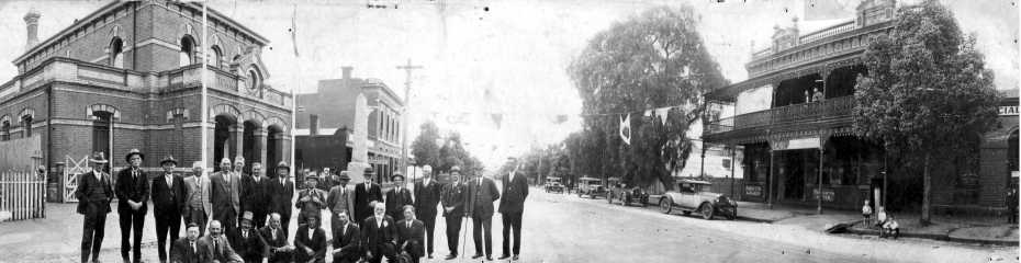 1-1932 back to Dunolly Shire Councilors, fused